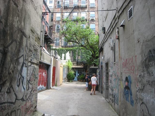 Freemans NYC Brunch Review: Hidden Gem