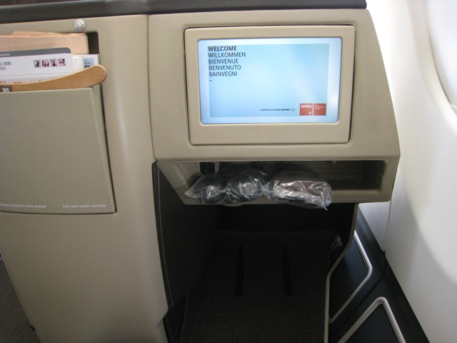 SWISS A330-300 Business Class Review ZRH-YUL