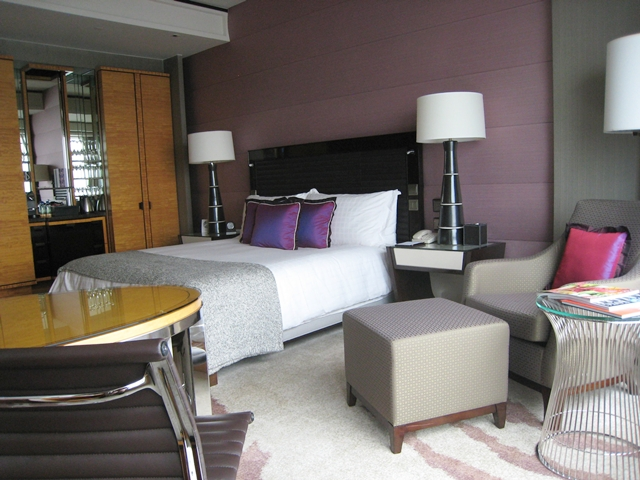 Four Seasons Hong Kong Hotel Review