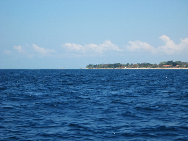 Batu Karang Review - View of Bali from speedboat