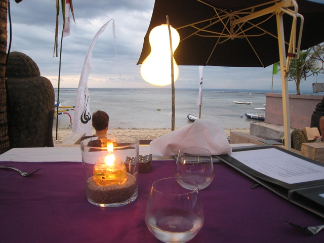 Indiana Kenanga Restaurant Review - Nusa Lembongan