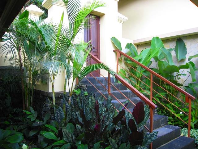 Komaneka at Bisma Hotel Review - One Bedroom Pool Villa Entrance and steps