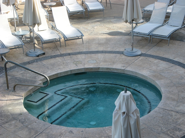 Sanctuary Camelback Mountain Review - Jacuzzi Hot Tub