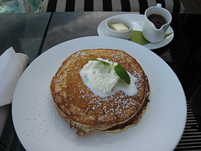 Sanctuary Camelback Mountain Review - Lemon Ricotta Pancakes