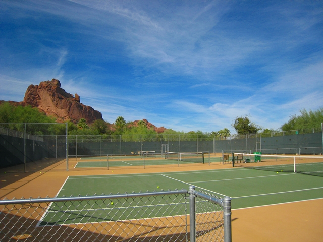 Sanctuary Camelback Mountain Review - Tennis Courts