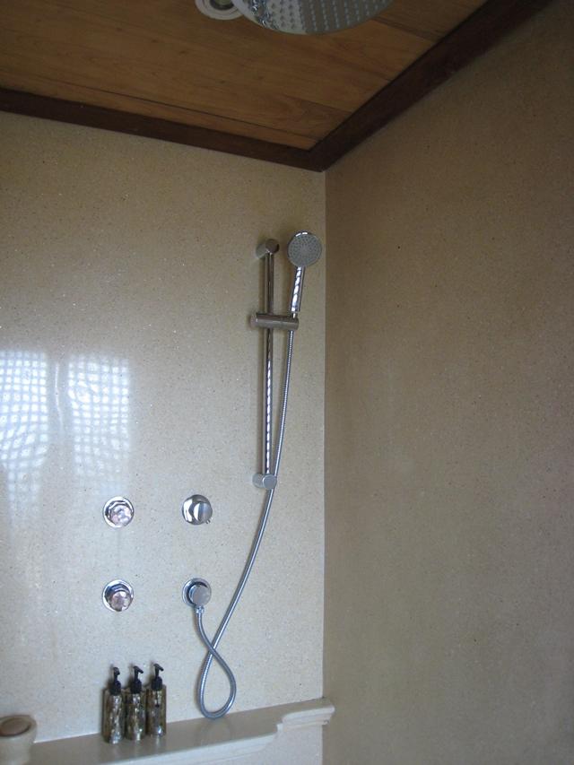 Amankila Ocean Suite Review - Shower