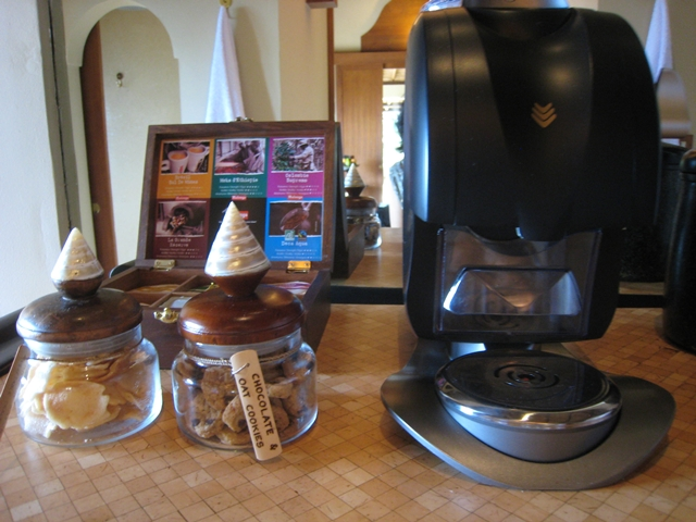 Amankila Review, Bali - Complimentary Cookies and Coffee Machine