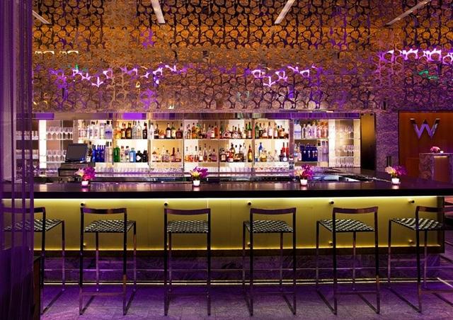 W Boston Hotel Review - Bar