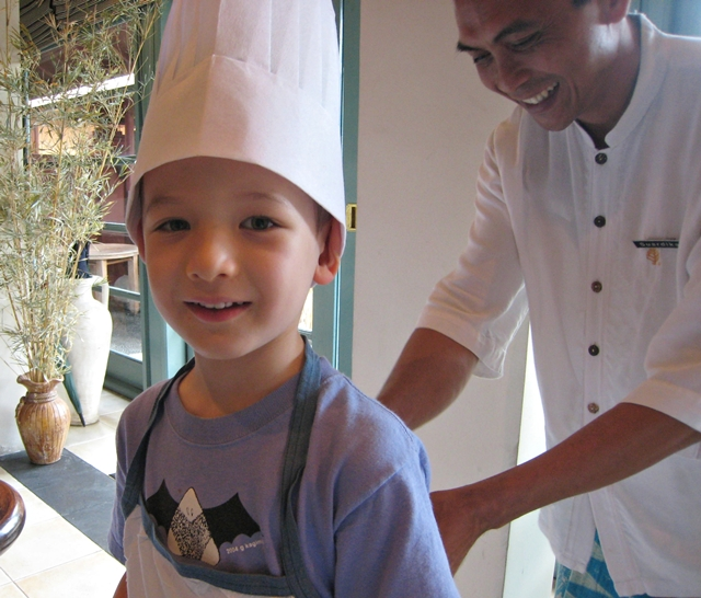 Top 10 Luxury Hotel Amenities for Kids - Friendly Staff