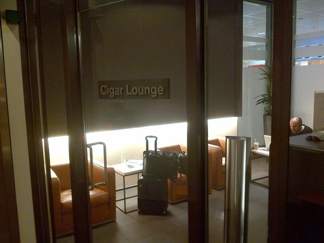 Review -Lufthansa Munich First Class Lounge - Cigar Lounge