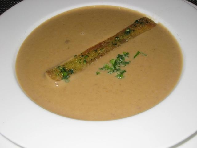 Review-Lufthansa First Class Lounge Munich - Chestnut Soup
