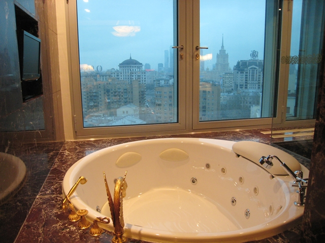 Lotte Hotel Moscow Review - Royal Suite Whirlpool Jacuzzi Bath