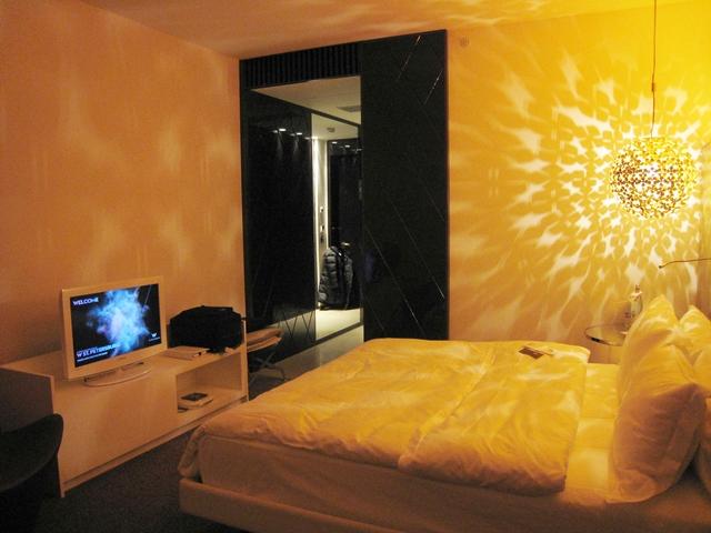 W St. Petersburg Hotel Review - Wonderful Room King Bed