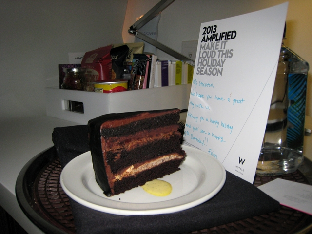 W New York Downtown Hotel Review - Welcome Note and Cake