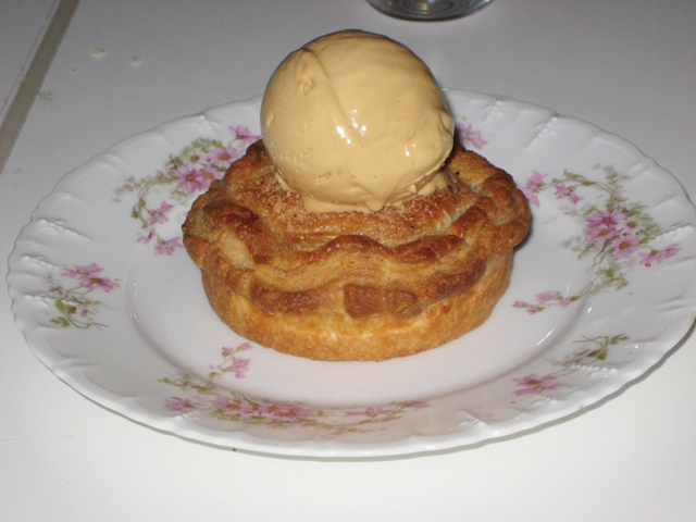 ABC Kitchen NYC Restaurant Review - Apple Pie