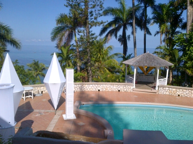 Couples Sans Souci Jamaica All Inclusive Resort