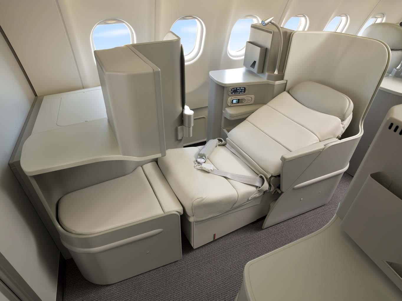 Alitalia Award Availability on Delta: Magnifica Business Class Seat