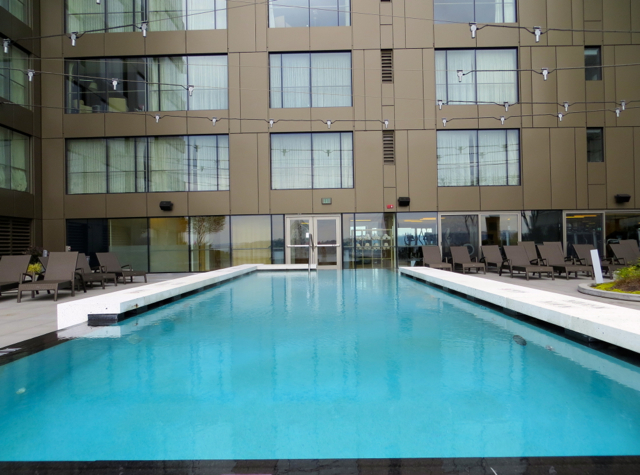 Four Seasons Seattle Hotel Review: Heated Outdoor Pool