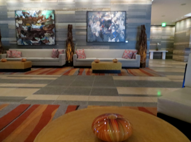 Four Seasons Seattle Hotel Review: Lobby Lounge