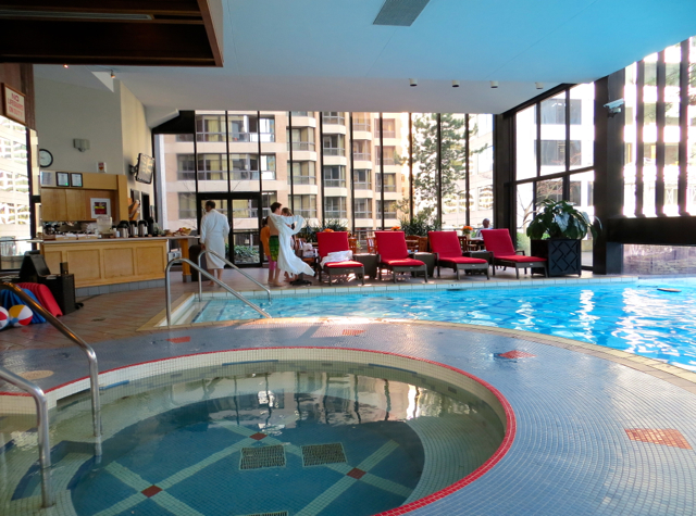 Four Seasons Vancouver Hotel Review - Jacuzzi and Lounge Chairs