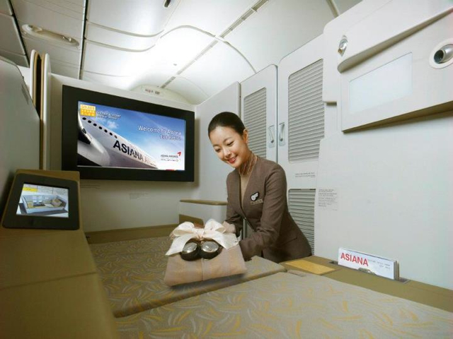 Best Frequent Flyer Program and Credit Cards for China Award Flight - Asiana First Class Suite