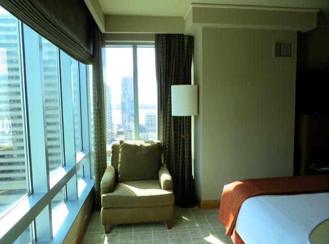 Review-Grand Hyatt Seattle-Corner Suite Bedroom View