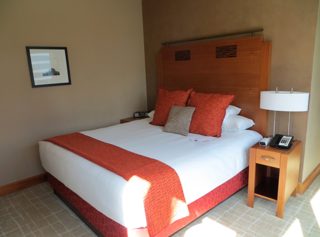 Review-Grand Hyatt Seattle-Corner Suite Bedroom