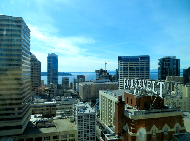 Review-Grand Hyatt Seattle-View from Corner Suite