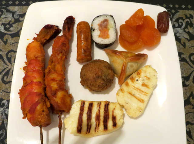 Review-Qatar Business Class Lounge in Doha - Dinner of Tandoori Prawns, Grilled Halloumi Cheese