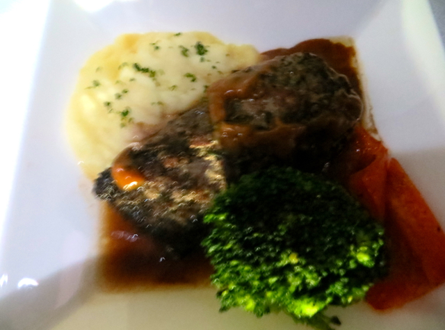 Review-Qatar Business Class-Doha to the Maldives-Braised Lamb