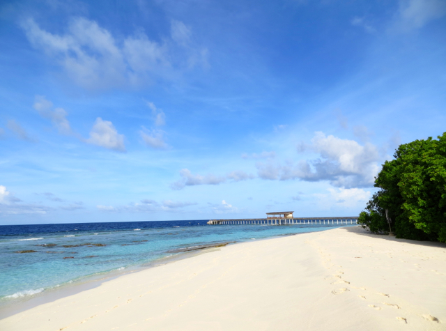 Park Hyatt Maldives Review - Beach and Dawn Jetty