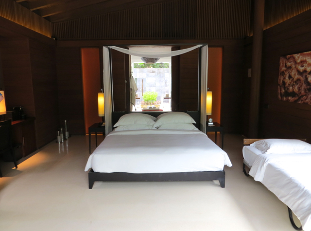Park Hyatt Maldives: Kid's Rollaway Used to Be Complimentary