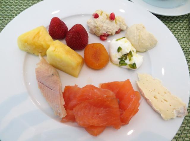 Yas Viceroy Abu Dhabi Hotel Review, Breakfast Buffet