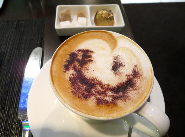 Etihad First Class Lounge Abu Dhabi Review - Cappuccino