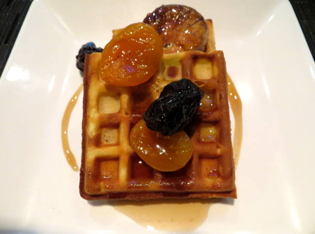 Etihad First Class Lounge Review Abu Dhabi - Waffle with Fruit Compote