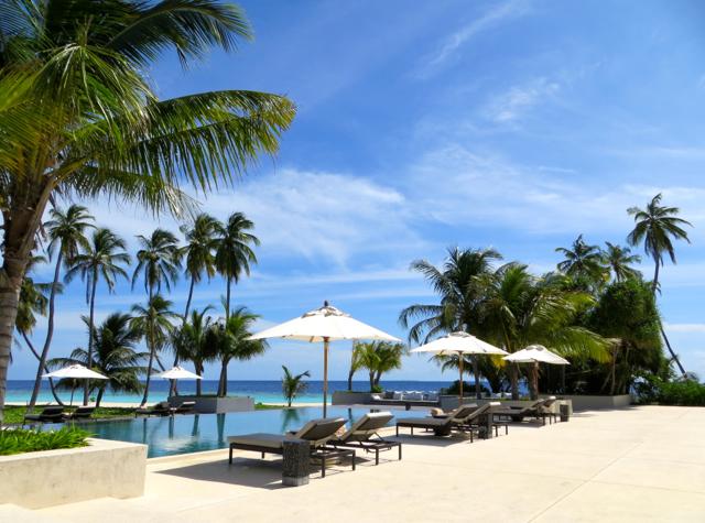 Park Hyatt Maldives Costs and Cost Saving Tips