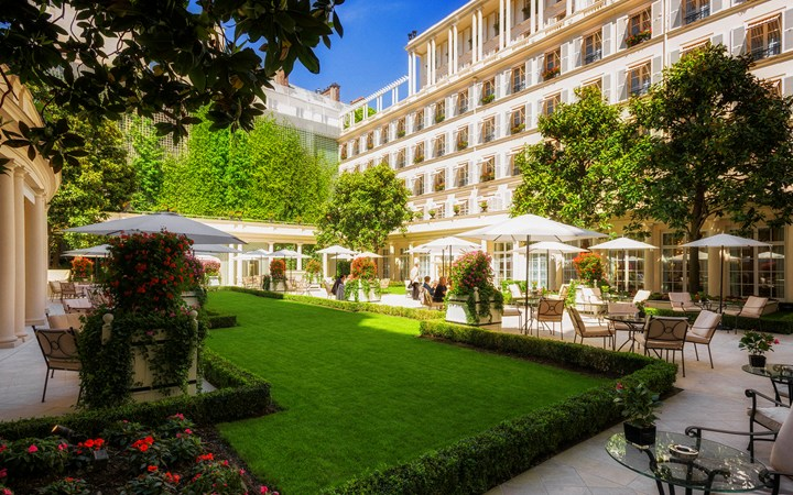 Virtuoso Confirmed Upgrade When Booking - Hotel Le Bristol Paris