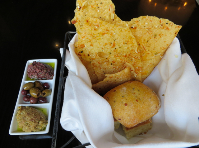 Todd English's Olives Las Vegas Restaurant Review - Bread and Olive Dips