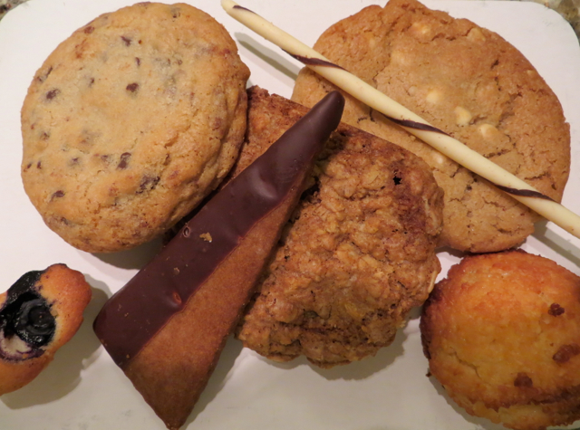Todd English's Olives Las Vegas Restaurant Review - Cookies