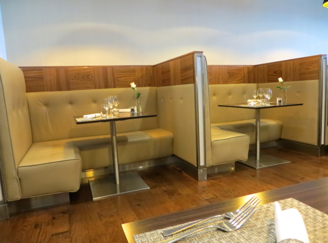 British Airways Galleries Lounge Review, Newark - First Class Dining