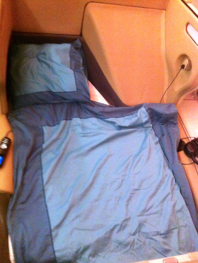 Singapore Business Class Review - Business Class Flat Bed