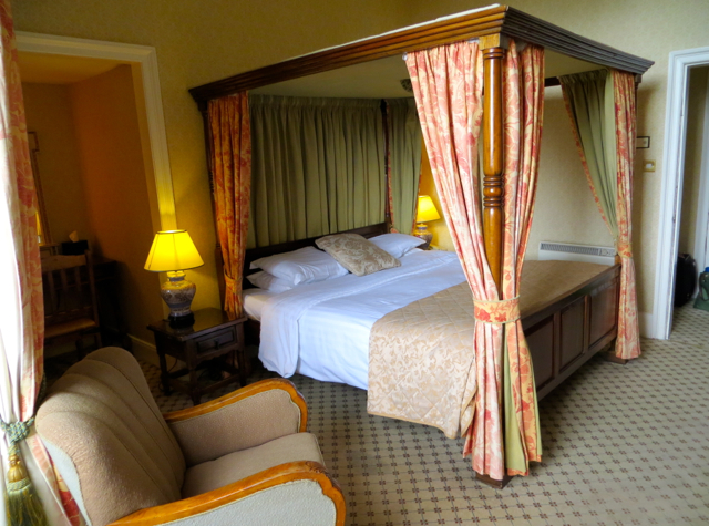 Dalhousie Castle Review - Themed Four Poster Room