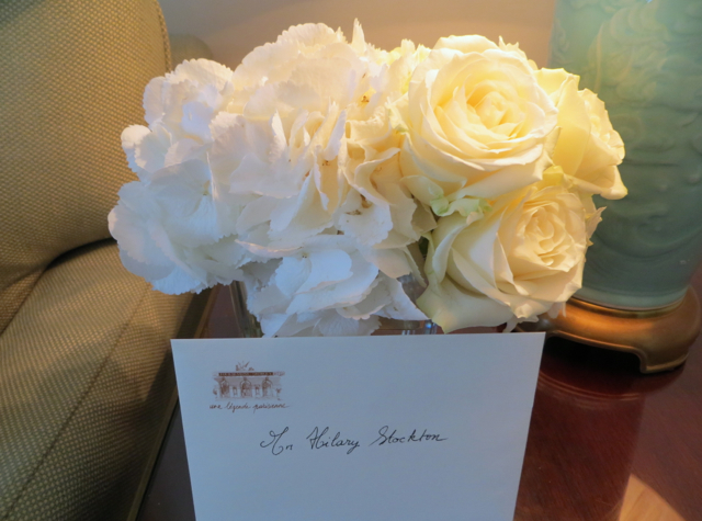 Four Seasons Paris Review - White Rose Bouquet and Welcome Note