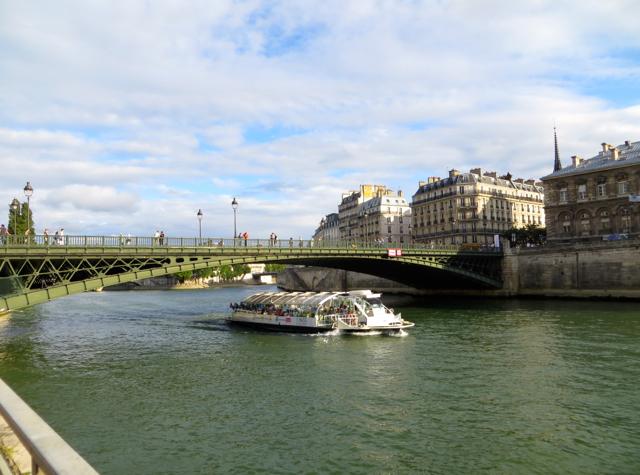 Paris Plages-Paris Beaches-Bateaux Mouches