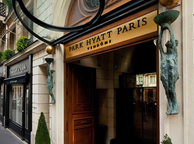 Park Hyatt Paris-Vendome Review - Entrance