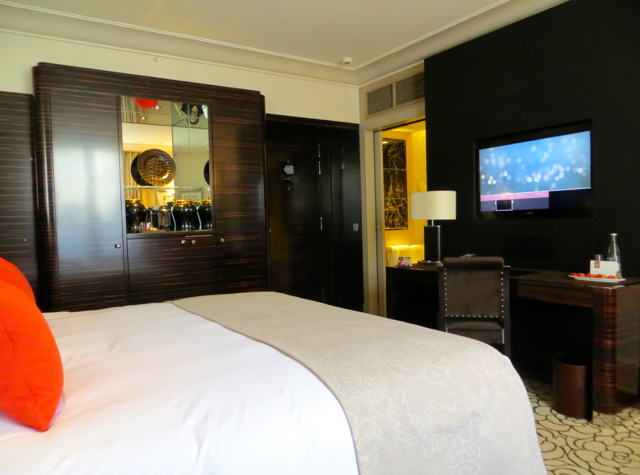 Prince de Galles Luxury Collection Paris Hotel Review - Art Deco Deluxe Room