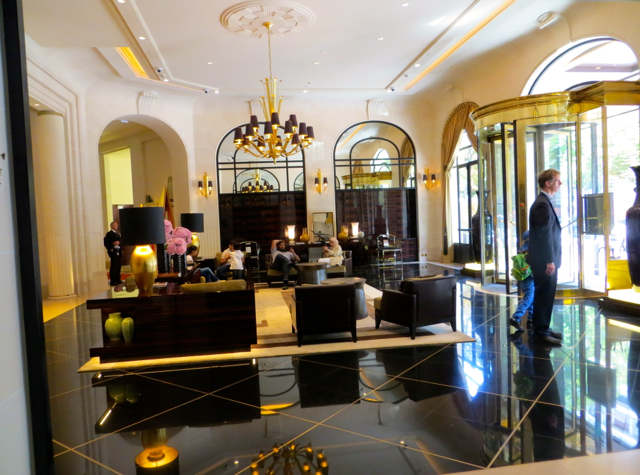 Prince de Galles Paris Review - Lobby