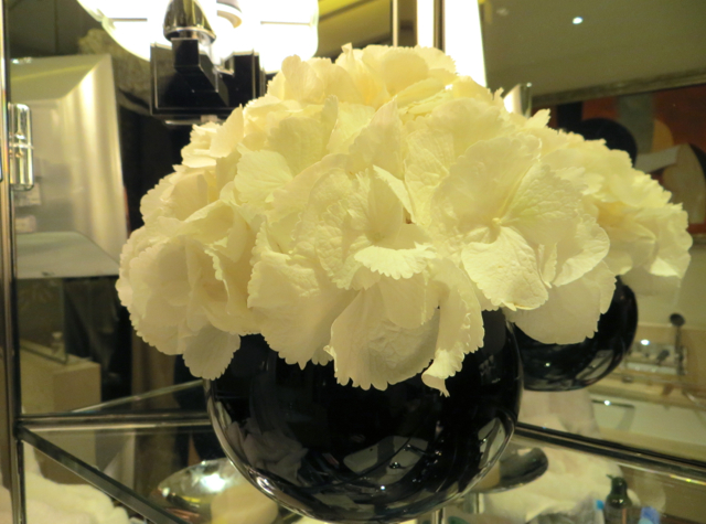 Prince de Galles Paris Hotel Review - Flowers