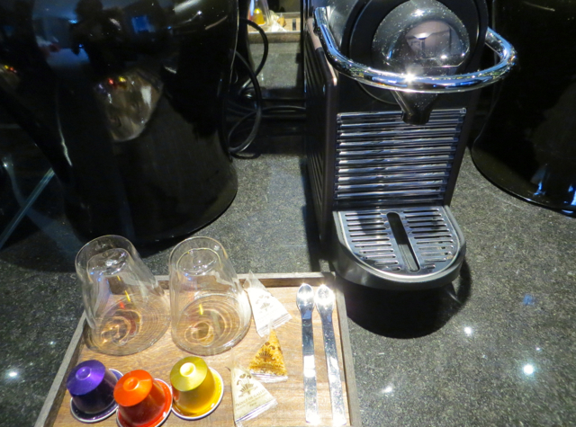Prince de Galles Paris Hotel - Nespresso Machine