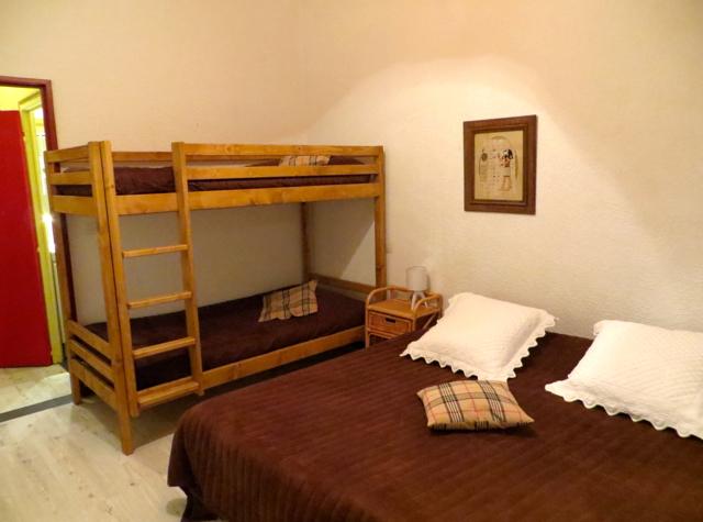 La Grande Eperviere Barcelonnette Hotel Review - Bunk Beds